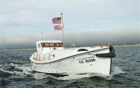 coast guard small boat rescue pendleton fort mercer rescue