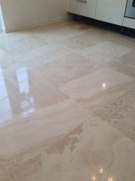 Dull Tile Floor by Resolving A Dull And Scratched Limestone Tiled Floor