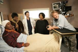 grey s anatomy cast offers hope for couples of grey sloan grey s anatomy creator shonda rhimes adopts third daughter
