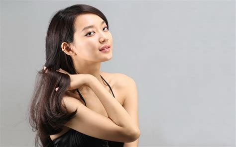 the cover featuring the lovely chinese model shu pei qin shin min a wallpapers women hq shin min a pictures 4k