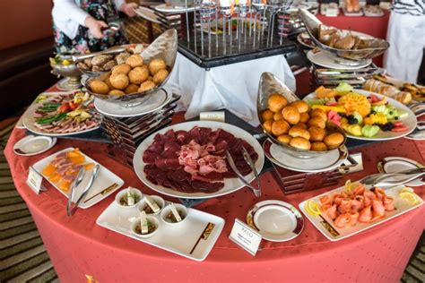 disney cruise food breakfast lunch and palo brunch
