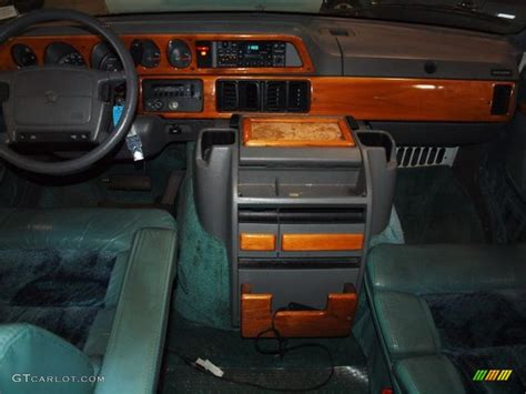 95 Dodge Ram Interior by 1995 Medium Turquoise Metallic Dodge Ram 2500