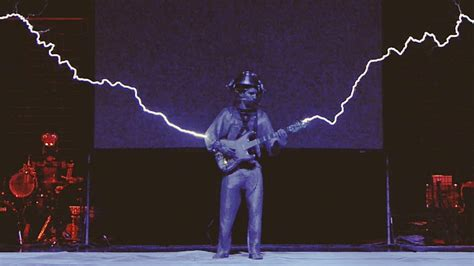 About Tesla Coil Iron With Musical Tesla Coils A Robot And Midi Guitar