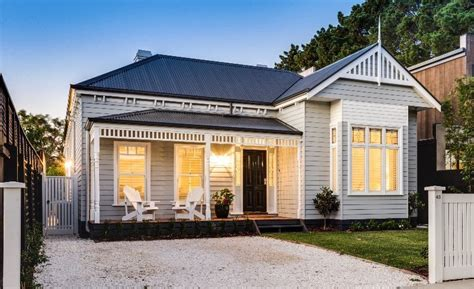 building a modern weatherboard home finlo home