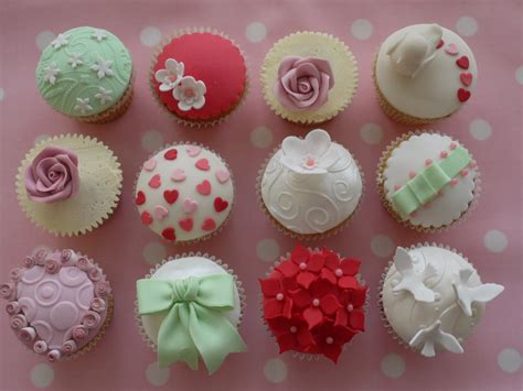 Cupcake Decorations by Ciao Ciao More Cupcakes