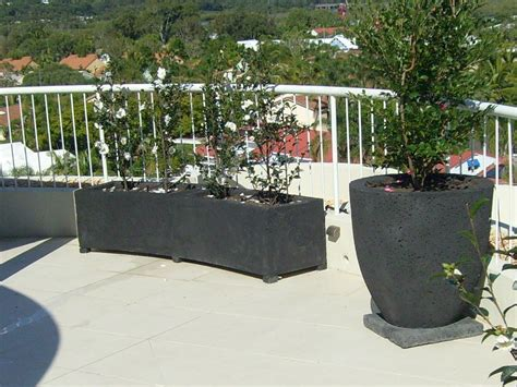 Curved Garden Planters by Potanico Pots