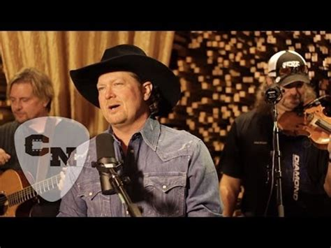 adam sanders swingin hear and now country now craig cbell outta my hear and now country