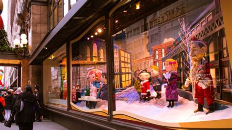 best christmas store nyc guide to nyc s window displays the benjamin hotel