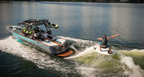 wakeboard boat with outboard choosing a boat ski and wakeboard boat pros and cons