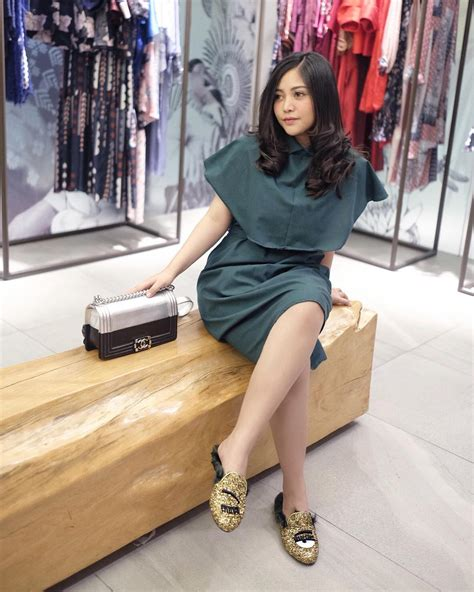 potret glamor gaya hidup  selebgram indonesia  bikin