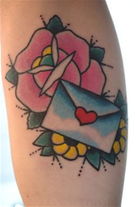 tattoo old school letters 1000 images about tattoo traditional love letters on