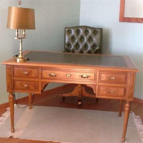 mesa escritorio segunda mano m 225 s de 10 ideas incre 237 bles sobre escritorio antiguo en