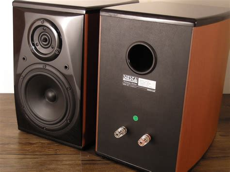siesta lab vts vs1 6 quot woofer 2 way hi end bookshelf
