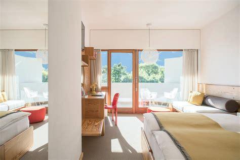 Loggia Lit by Finest Classic Loggia Seehotel Ambach Badezimmer Ideen