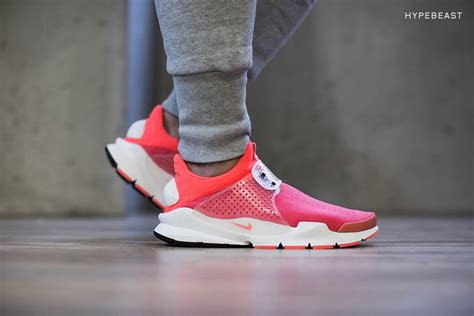 Nike Sockdart Pink a closer look at the nike sock dart sp quot infrared quot hypebeast