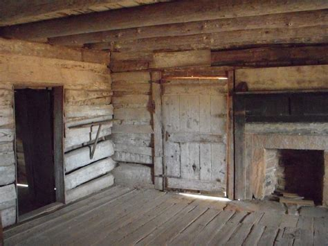 inside an log cabin home habitats
