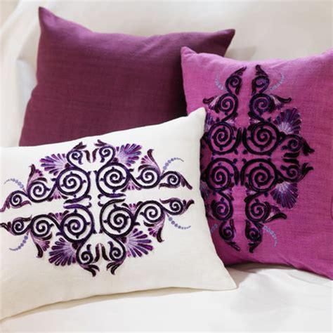embroidery design on velvet pfaff victorian thread velvet