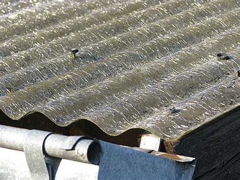 Gartenhaus Dach Erneuern Material by Welches Material F 252 R Die Dachplatten Auf Dem Gew 228 Chshaus