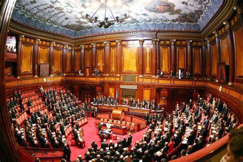 sede parlamento roma aula senato della repubblica italiana palazzo madama