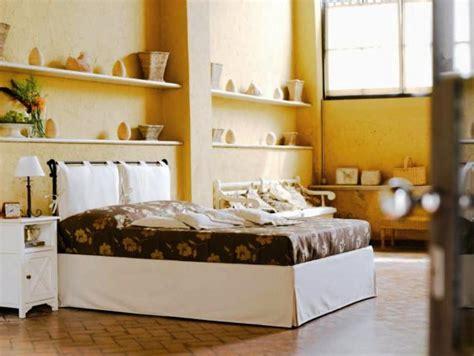 letto in ferro con contenitore letto vivere in ferro battuto nero imbottito con il