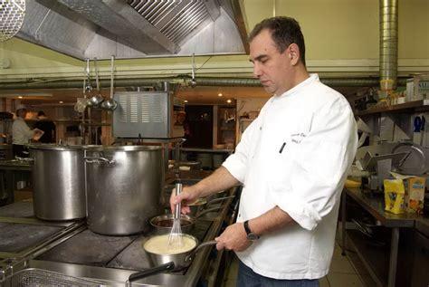 Kitchen Helper Vacancy In Singapore Kitchen On Fields Lead Cook Kitchen Helper