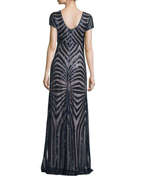 Isabelle Seleve donna isabelle cap sleeve geometric sequined gown