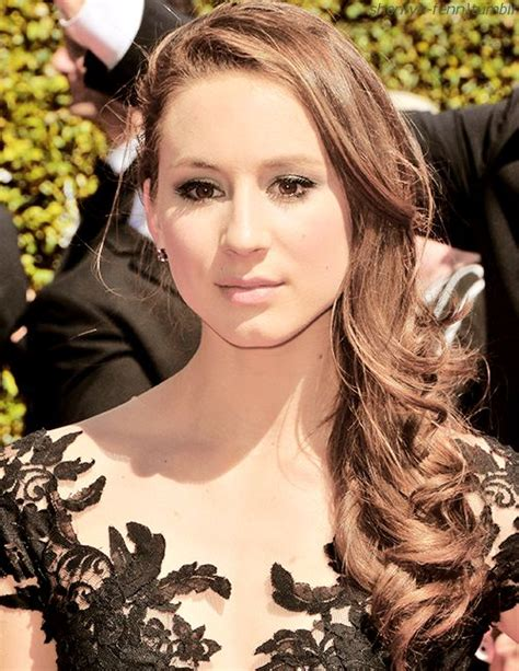 haircuts hastings 901 best images about troian bellisario on pinterest