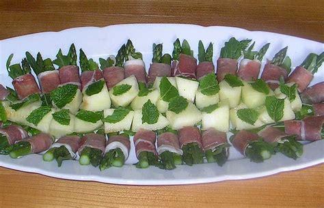melone mit schinken anrichten melone schinken fingerfood rezepte chefkoch de