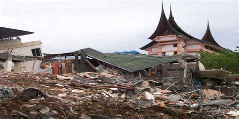Fenomena Gempa 30 September 2009 5 bencana alam terdahsyat yang pernah melanda indonesia dagelan