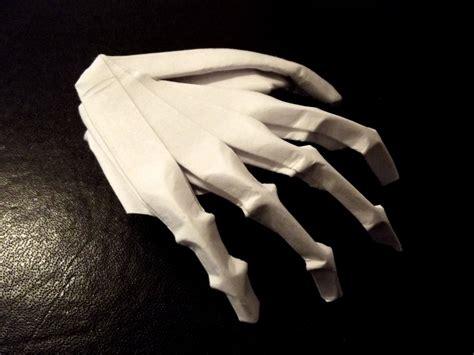 Origami Skeleton - origami skeleton by thatandyguy95 on deviantart