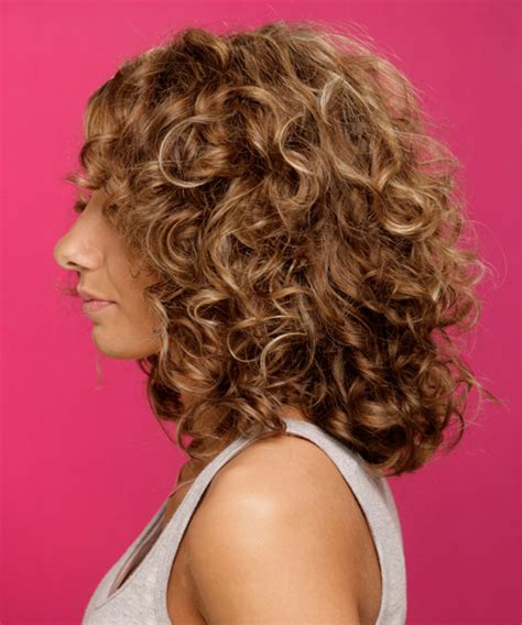 natural curl medium hairstyle medium natural curly hairstyles hairstylegalleries com