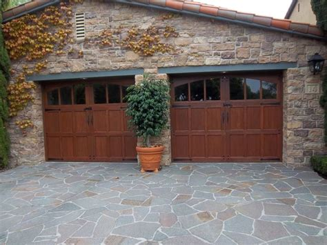 Orange County Garage Doors 1000 Ideas About Sliding Garage Doors On Diy Garage Door Cheap Garage Doors And