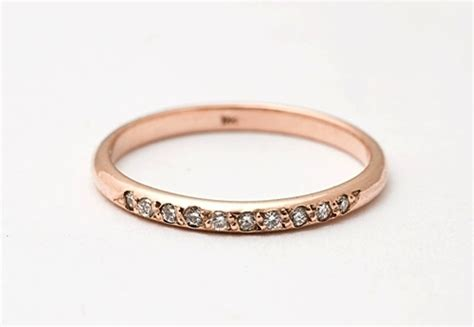 Eheringe Einfach by Simple Gold Wedding Band With Diamonds Onewed