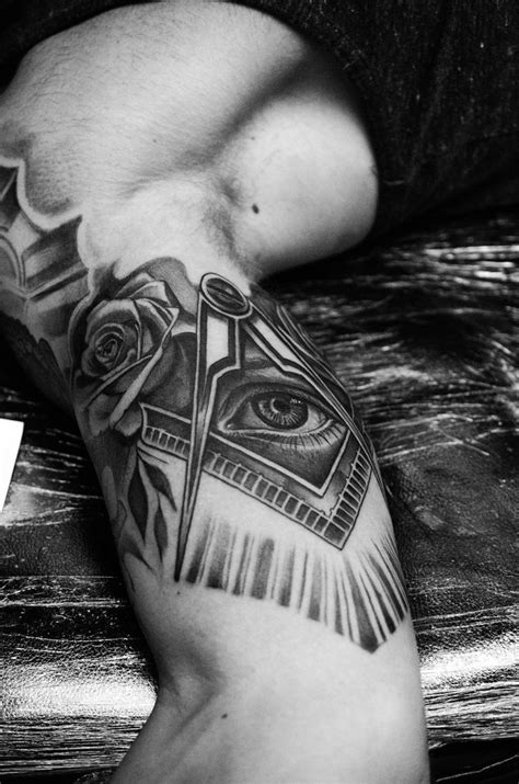 eye of providence tattoo eye of providence by tattooneos on deviantart