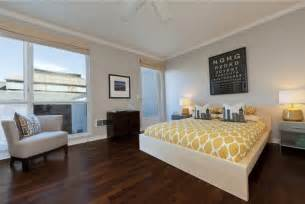 Hardwood Floors In Bedroom Bedroom Design Ideas With Hardwood Flooring Bedrooms Bedroom Wooden Floor And Room