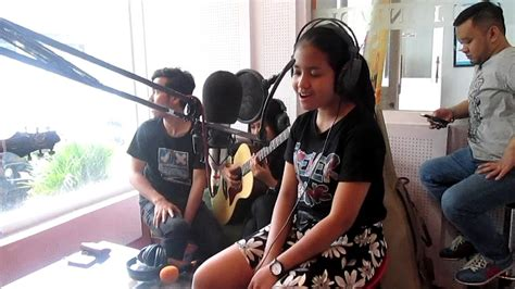 download mp3 pupus cover hanin dhiya hanin dhiya yang terbaik versi akustik mp3 12 13 mb