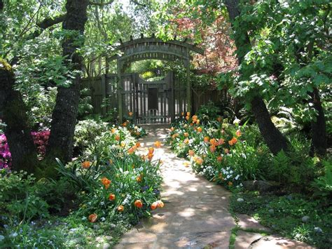 Garden Entrance Ideas Entrance Garden Ideas Landscape Style With Climbing Plants White Arbor Garden Entrance