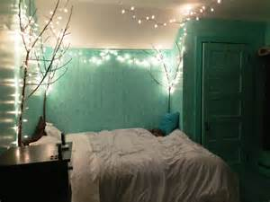 how to decorate lights 9 and easy ideas to decorate your bedroom