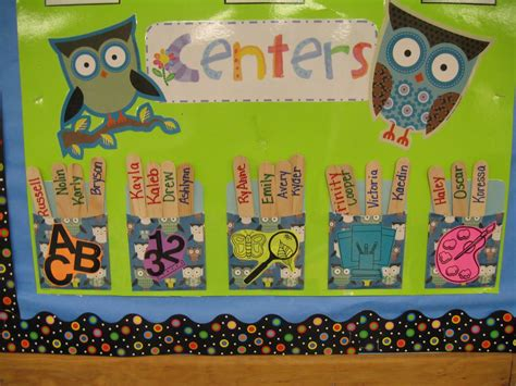 themes for reading groups first grade shenanigans september 2011