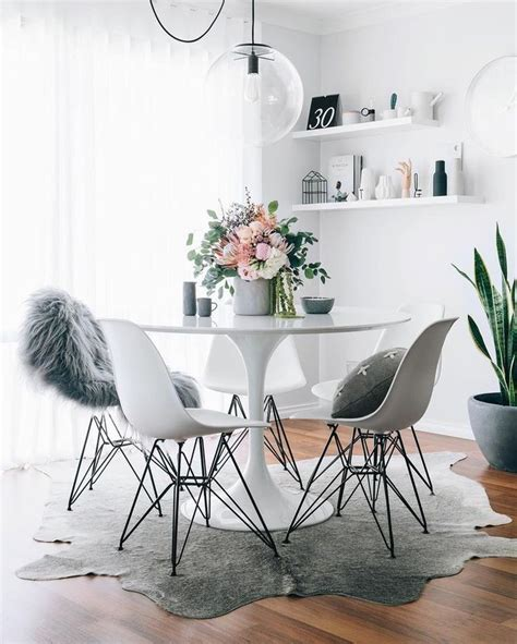 White Dining Room Centerpieces 25 Best Ideas About Dining Table Centerpieces On