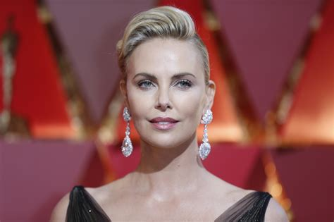 film oscar charlize theron oscars 2017 live updates moonlight wins best picture