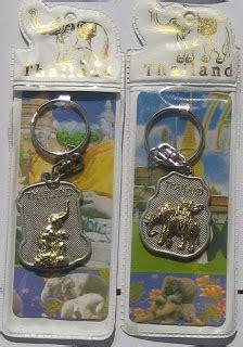 Jual Gantungan Kunci Thailand Untuk Souvenir Terlaris souvenir dari thailand jual suvenir thailand dasi hiasan magnetik gantungan kunci