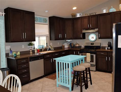 Espresso Color Kitchen Cabinets by Poll Kitchen Cabinets What Color Sweet Shoppe