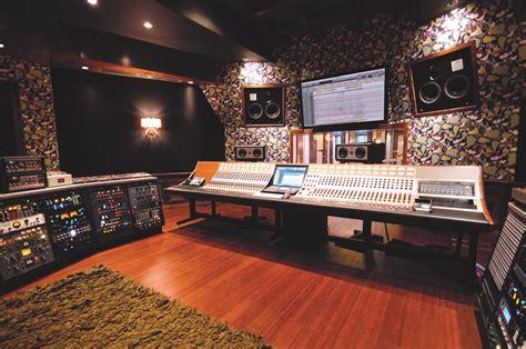 studio baumhaus pilchner schoustal international