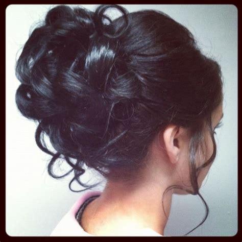 formal hairstyles curly bun cute curly hair bun wedding hair pinterest updo
