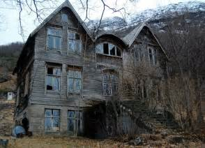 Beautiful abandoned house in the mountains 5 out of 5 based on 3