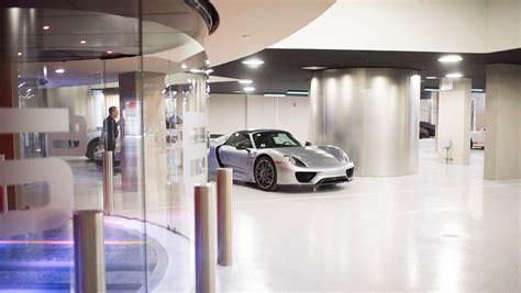porsche design tower car elevator a porsch 233 ddel egy 252 tt liftezhetsz ebben a pazar miami
