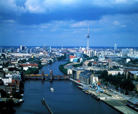 berlin the best of berlin for stay travel books traveling with travel brochures berlin germany