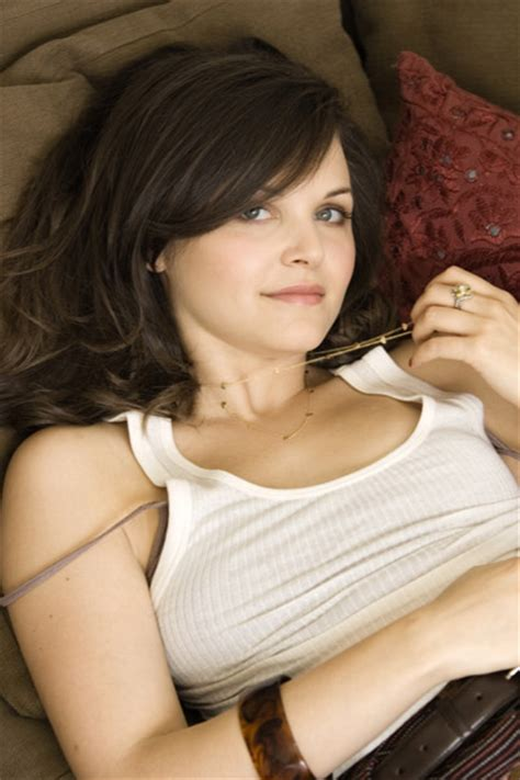 ginny from big love hairstyles ginnifer goodwin hairstyles gallery photos haircut