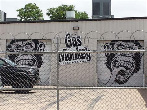 Gas Monkey Garage In Dallas by Gas Monkey Garage 73 Photos 25 Reviews Shops